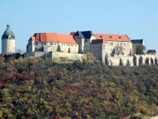 Schloss Neuenburg Wird Heute Im Grossen Festsaal Zum Standesamt Wir